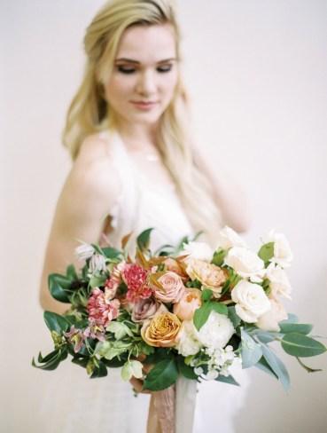 wedding-bouquets-roots-floral-design-20