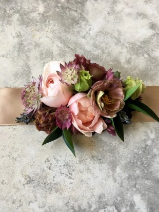 wedding-corsage-roots-floral-design-3