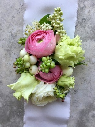wedding-corsage-roots-floral-design-5