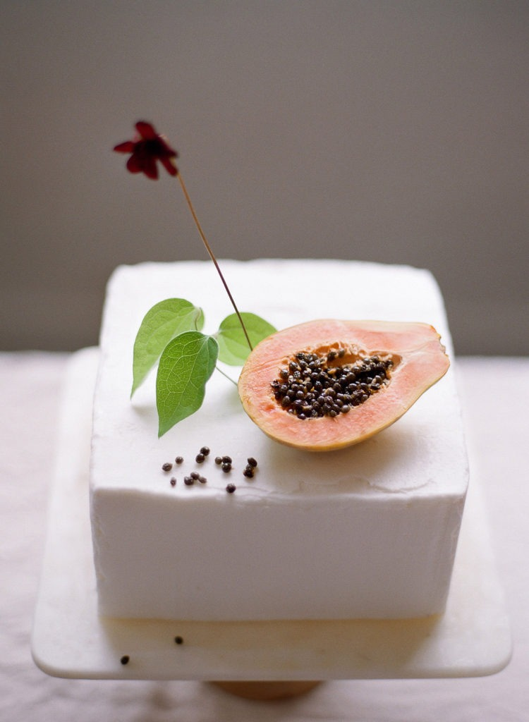 Minimalist Wedding Cake Ideas