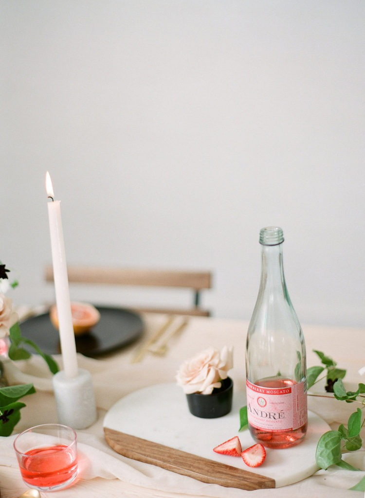 Garden Style Minimal Design Wedding Tablescape
