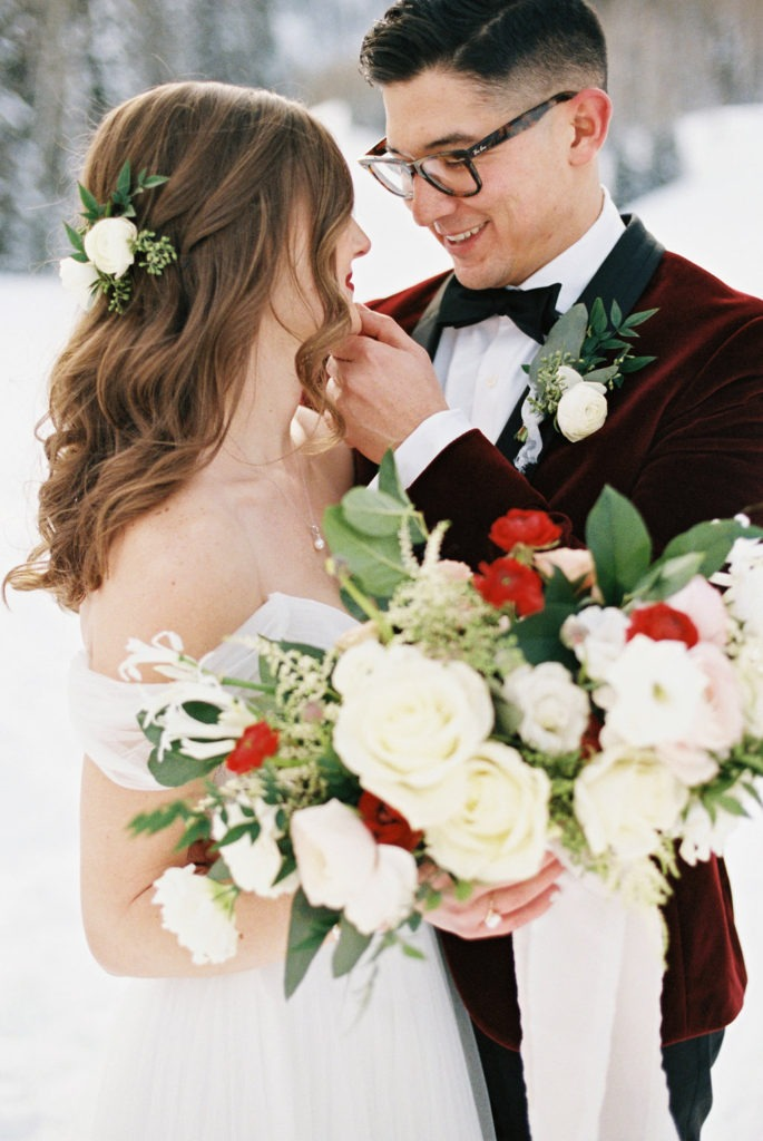 louisville wedding florist, kentucky winter wedding
