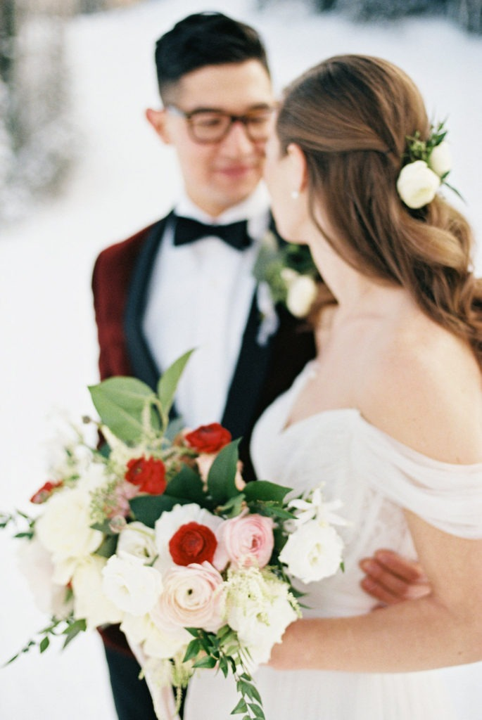 cincinnati wedding florist, kentucky winter wedding