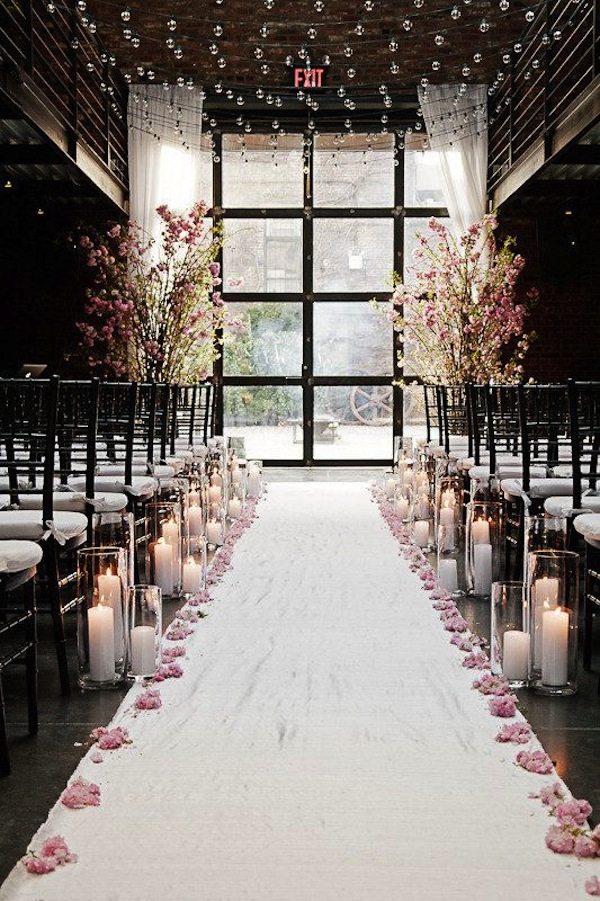 Awesome Indoor Wedding Ceremony With Vintage and Beautiful ...