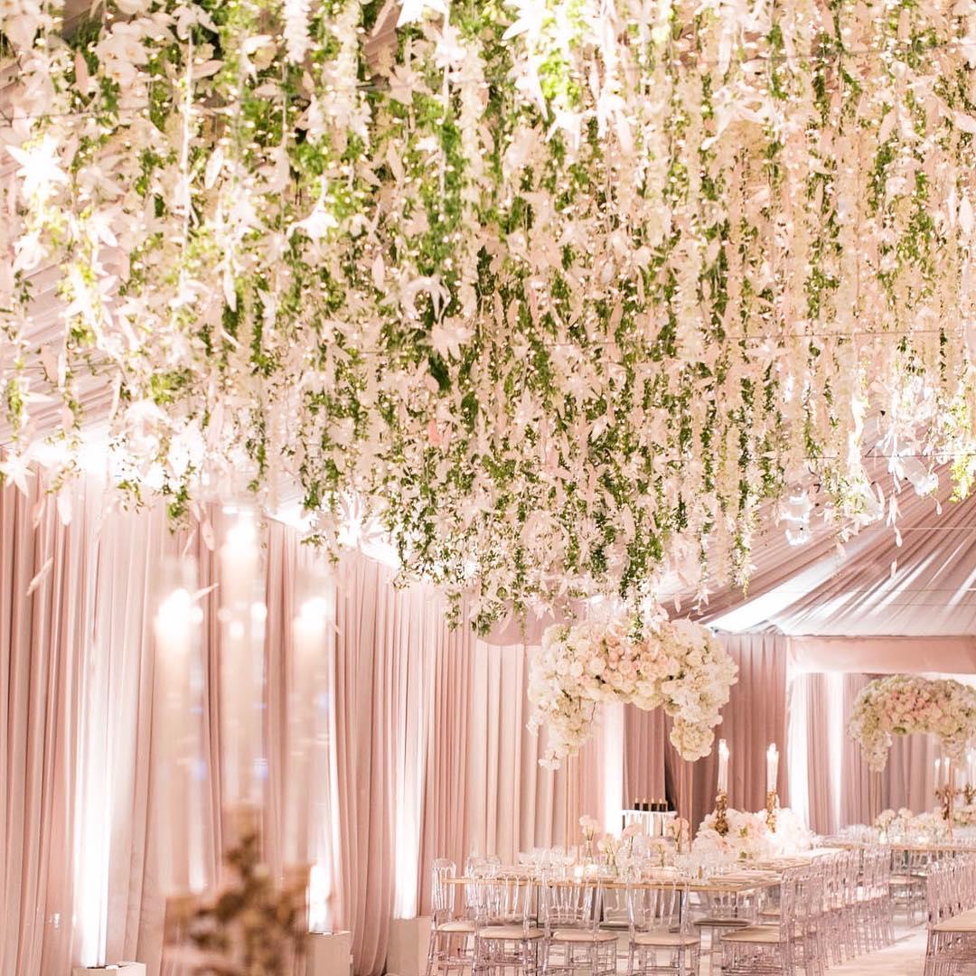 White Luxury Wedding Decor With Wonderful and Beautiful