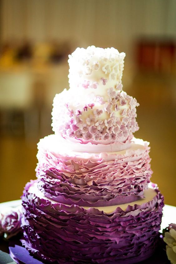 Unique And Colorful Wedding Cakes Ideas For Cheerfulness