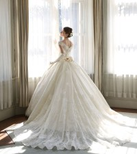 Classic and Elegant Wedding Dresses with Beautiful Lace ...