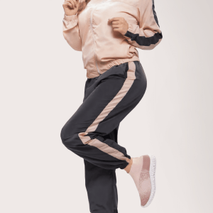 deportivo-impermeable-rosa-gris-dos-piezas