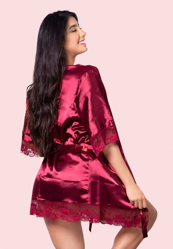 levantadora-kimono-mujer-colombia