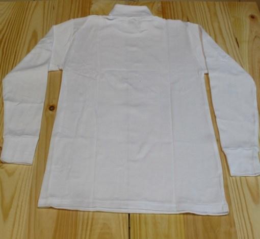 camiseta cuello cisne blanca