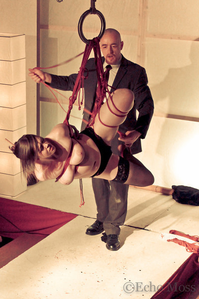 Shibari performance at the London Festival of the art of Japanase bondage.