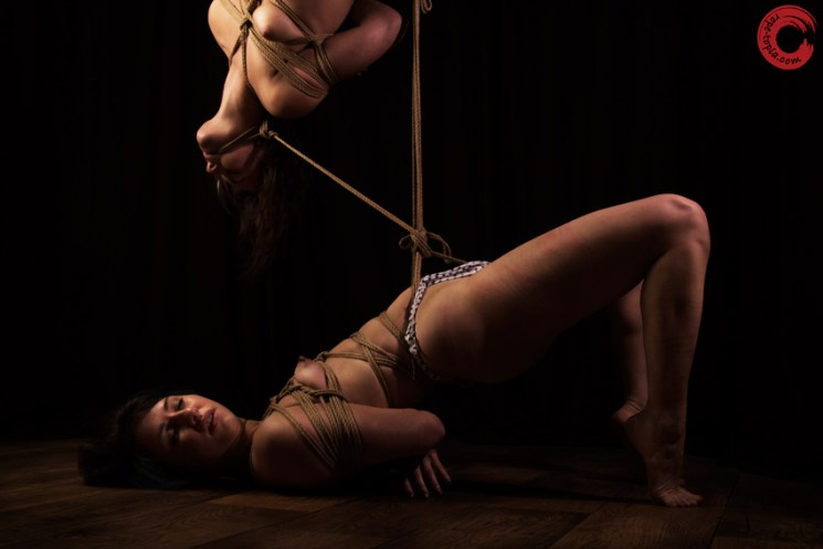 Gorgone and Fuoco connected shibari suspension and partial suspension. Crotch rope