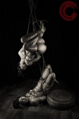 Gorgone and Fuoco interdependent shibari suspension bondage.