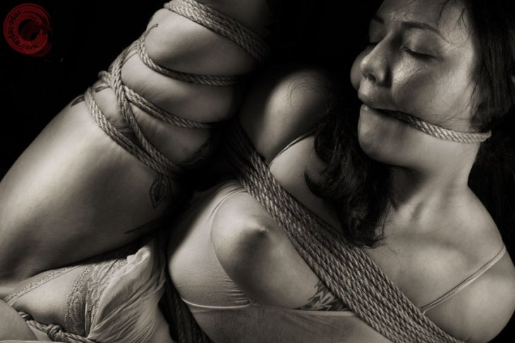 Sophia Shibari hard tied and rope gagged