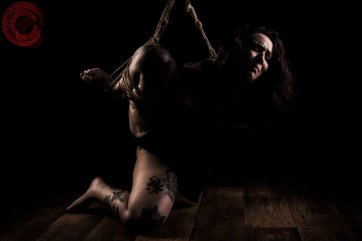 Sophia Shibari in bondage torture