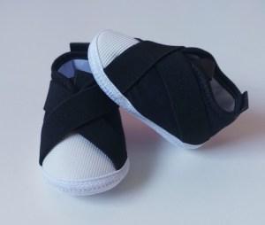 tênis bebê preto