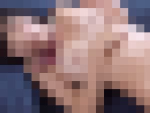 【無修正】色白パイパンロリの挿入丸見えセックス!