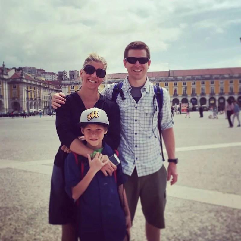rory-moulton-family-lisbon-portugal