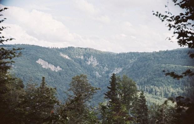 Creux des hautes roches charmoille franche comté doubs