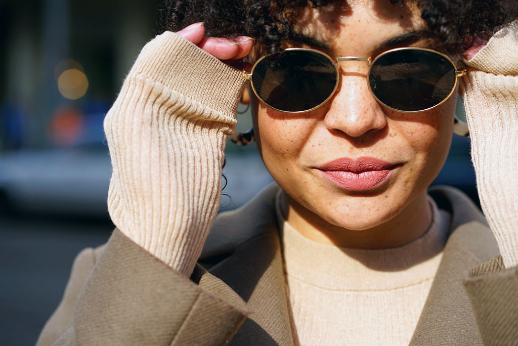 Beige, Neon und Cali - Die Fashion Trends für diesen Frühling