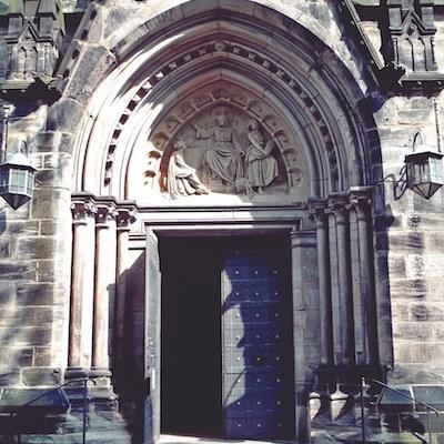 Porte sainte