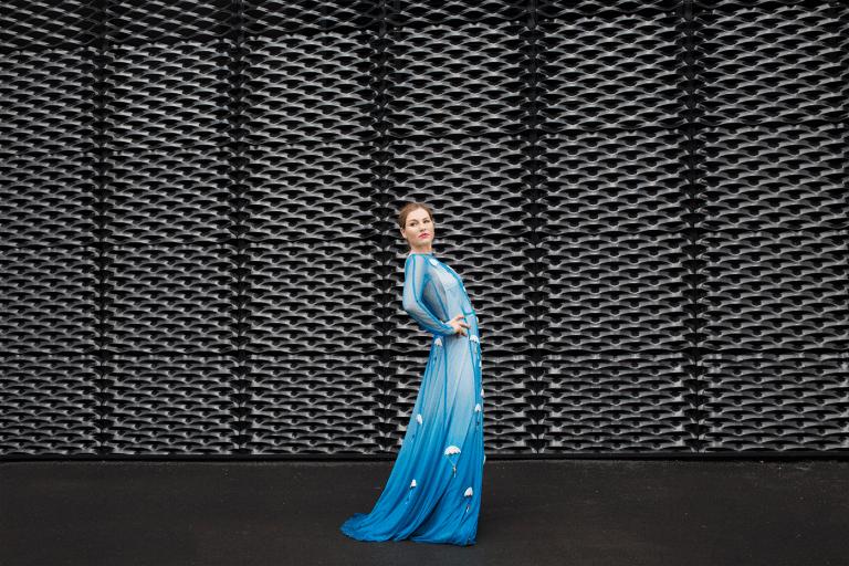Dorota Kuzinarska Opera Singer Dress 2016 pic 2