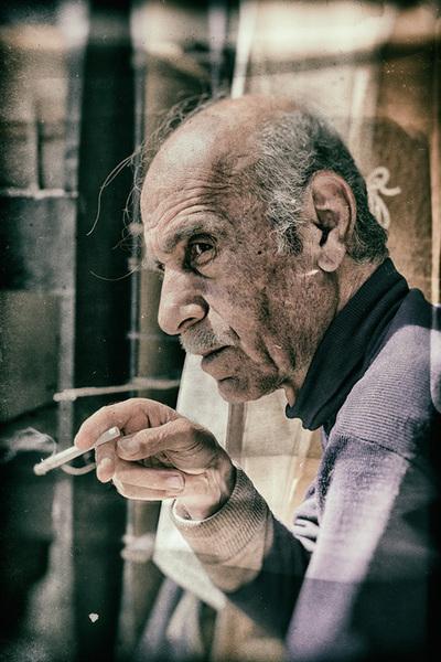 Once Upon A Smoke Mohamad Badr
