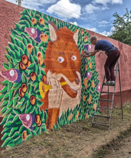 dzmitryi-kashtalyan-nursing-home-mural-charity-project