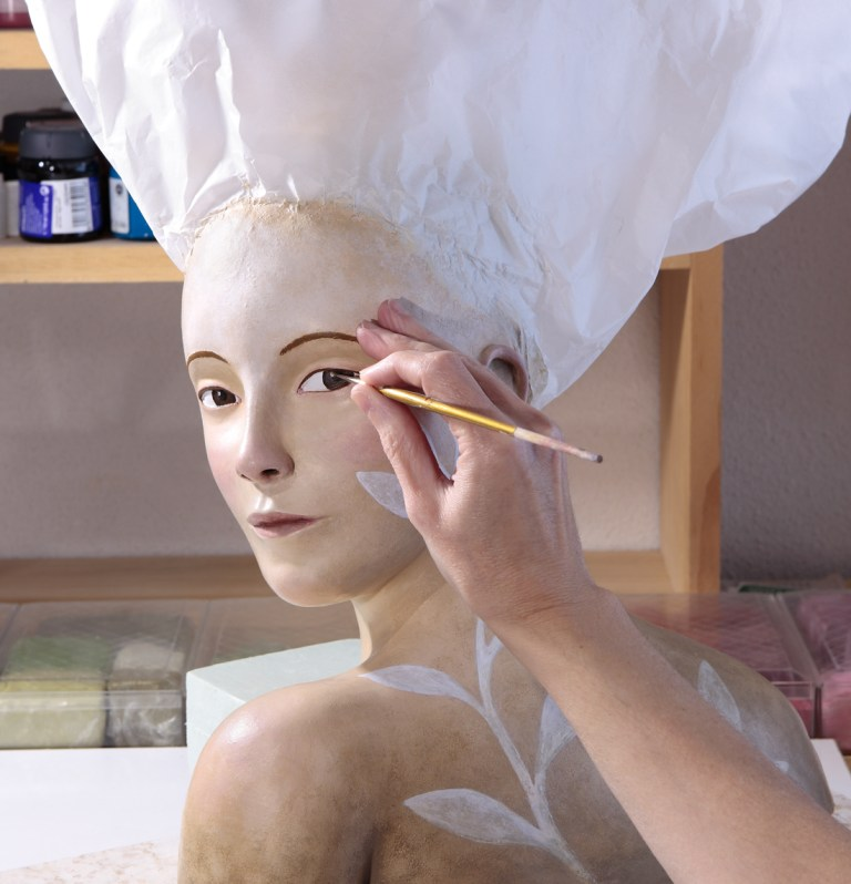 Irma-Gruenholz, atelier, studio, portrait, sculpture, bust, art, artwork, modern-art, contemporary art