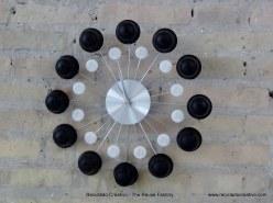 Reloj con cápsulas de café Dolce Gusto. Rosa Montesa