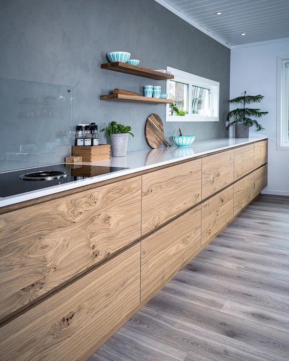 cucina senza pensili finitura legno