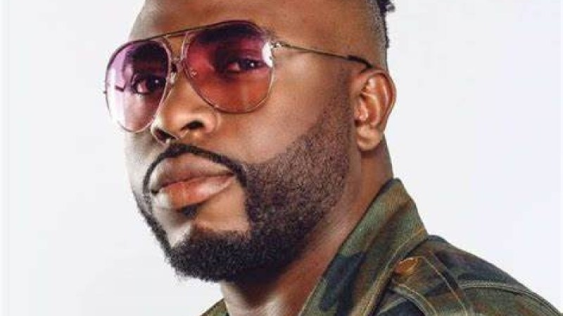 Marry a team player and not a girl with high expectation – Samklef reveals