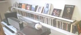 Etagères CD // Rose Kiwi / Blog déco & DIY, mais pas que... / rose-kiwi.com