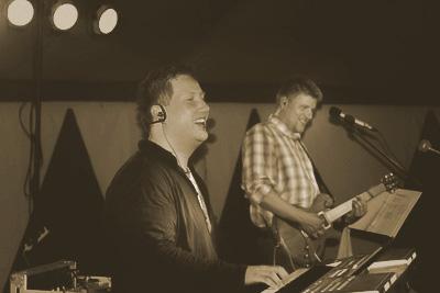 Roseband Duo - musik til festen