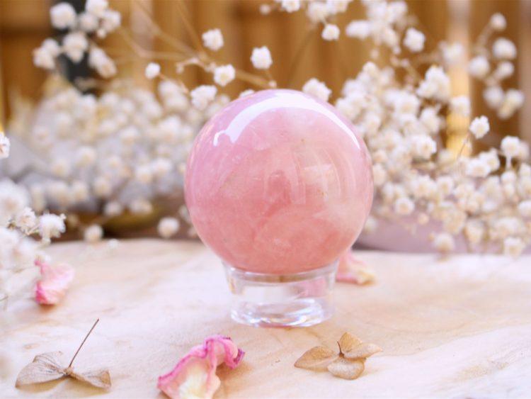 Jolie sphère de Quartz Rose