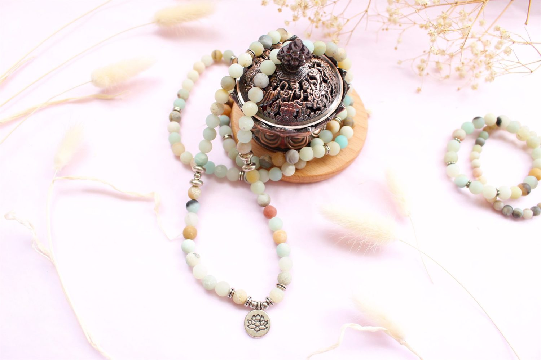 Mala en Amazonite avec Charme Fleur de Lotus