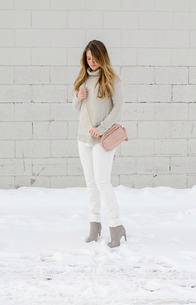canadianlifestyleblog-canadianstyleblog-canadianfashionblog-rosecitystyleguide-windsor-ontario-outfits-fashion-lifestyle-beauty-trends-shoppping-ootd-winterhite-whitedenim-winterwhitedenim-bestfriendsforfrosting-rosecitystyleguide-ootd-