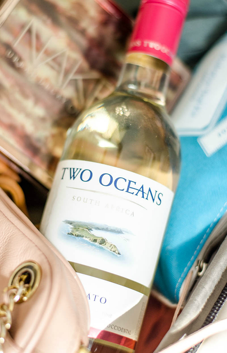 Two-oceans-moscato-what-to-pack-mexico-spring-break-rosecitystyleguide-10
