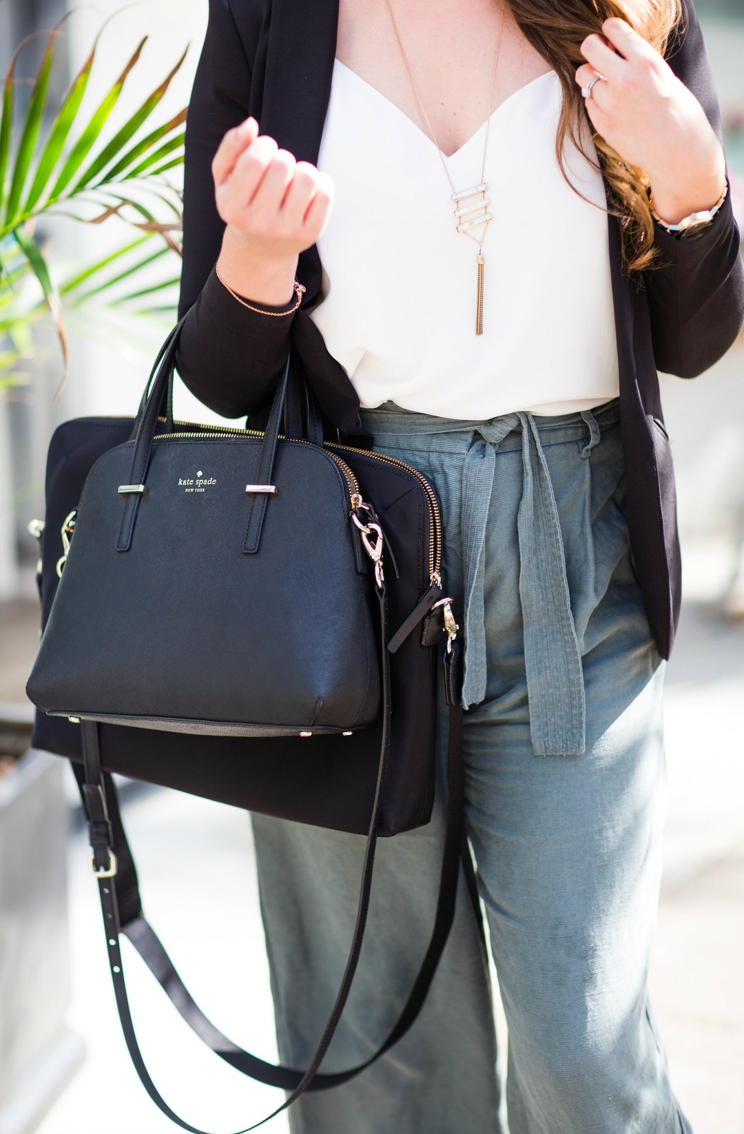 working-girl-office-outfit-wide-leg-pants-black-blazer-celine-sunglasses-kate-spade-laptop-bag-rosecitystyleguide-canadian-blogger-11