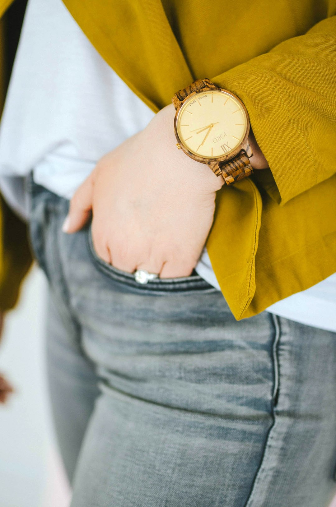 jord-watch-review-wood-watch-rosecitystyleguide-outfit-canadian-blogger-lifestyle-fashion-style