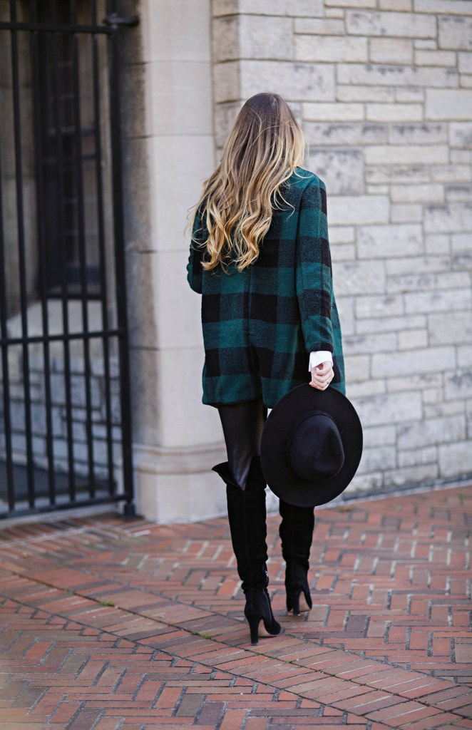 plaid-green-coat-old-navy-leather-leggings-holiday-style-maternity-pregnancy-outfit-christmas-rosecitystyleguide-ltkbump-11
