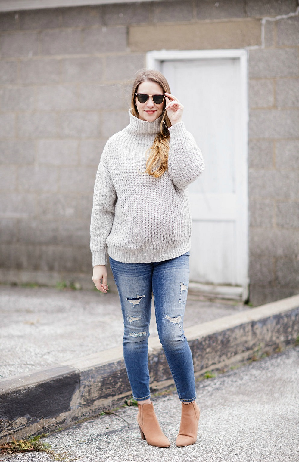 ray-ban-clubmaster-sunglasses-rose-city-style-guide-fall-fashion-giveaway-canadian-blogger-maternity-outfit-maternity-style-smart-buy-glasses-10