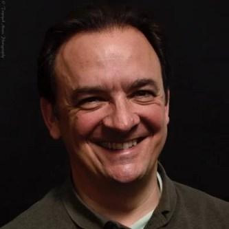 A photo portrait of author Lev Parikian