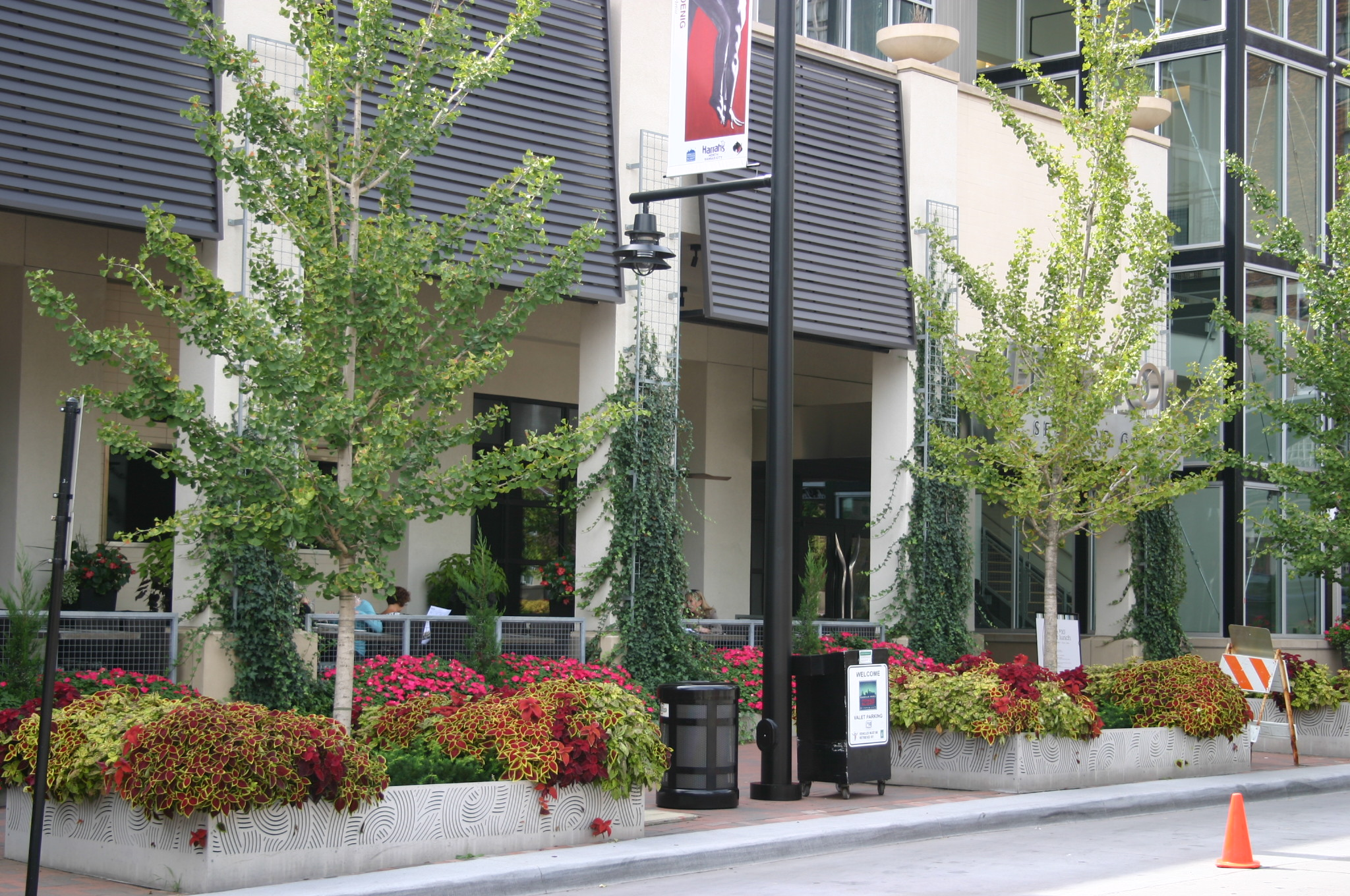 Professional Commercial Landscaping Design In Kansas City