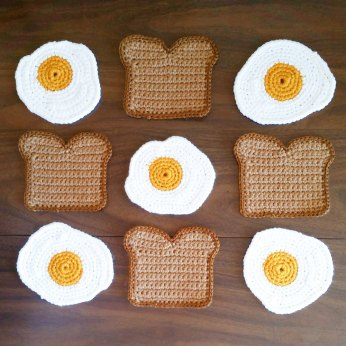 egg and toast rug