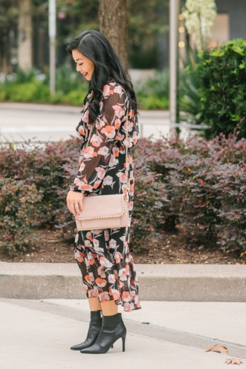 how-to-wear-a-floral-dress-for-fall