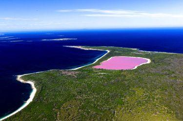 Lake-Hillier-Pink-Lake
