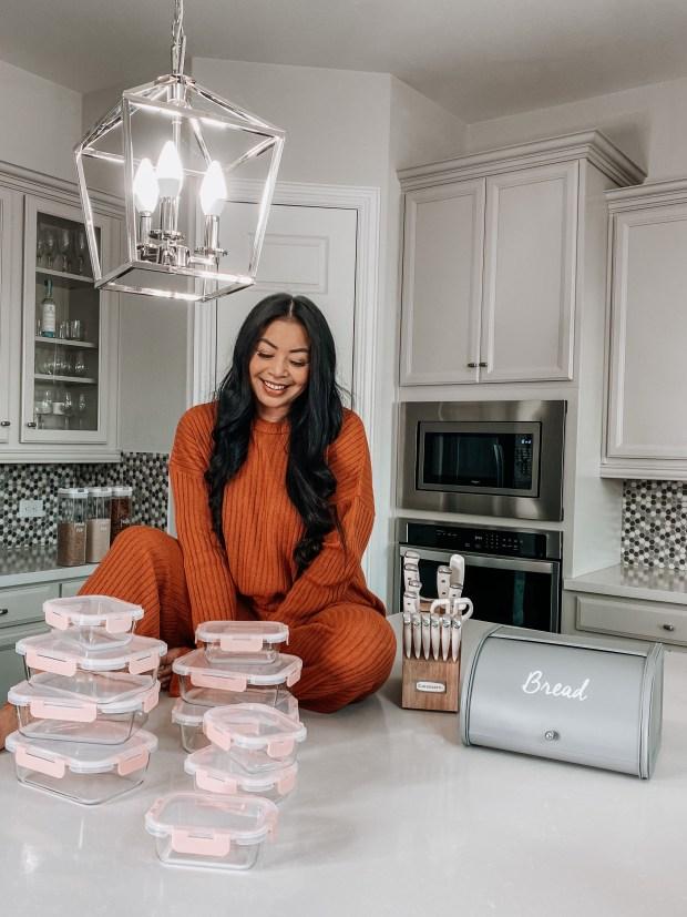white kitchen aesthetic