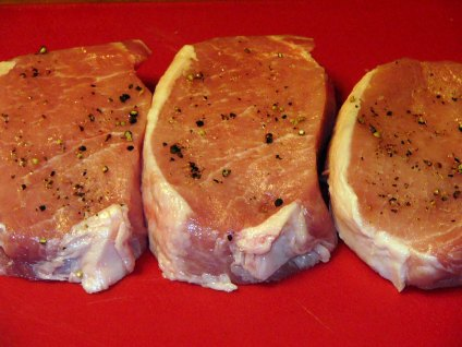 Simple Pork Chops & Country Gravy (1)