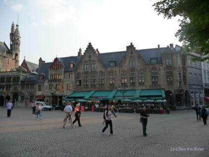 Cafes and restaurants on street corners